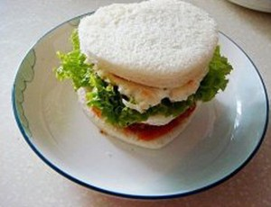 cc3a1ch lc3a0m bc3a1nh sandwich bc3b2 10 Cách làm Bánh Sandwich Bò